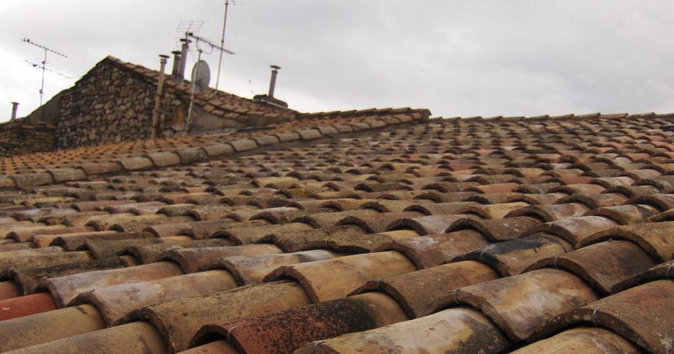 restauration-toiture-ancienne-gard