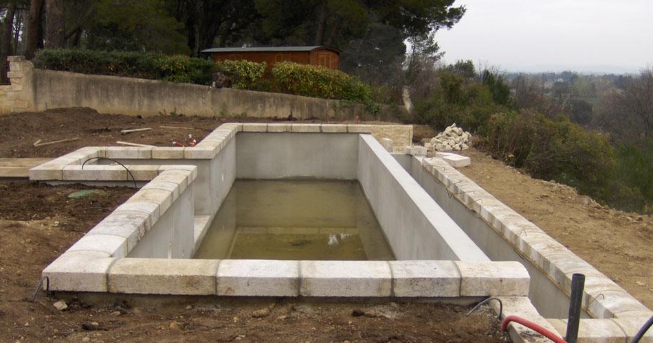 travaux-piscine-nimes-gard